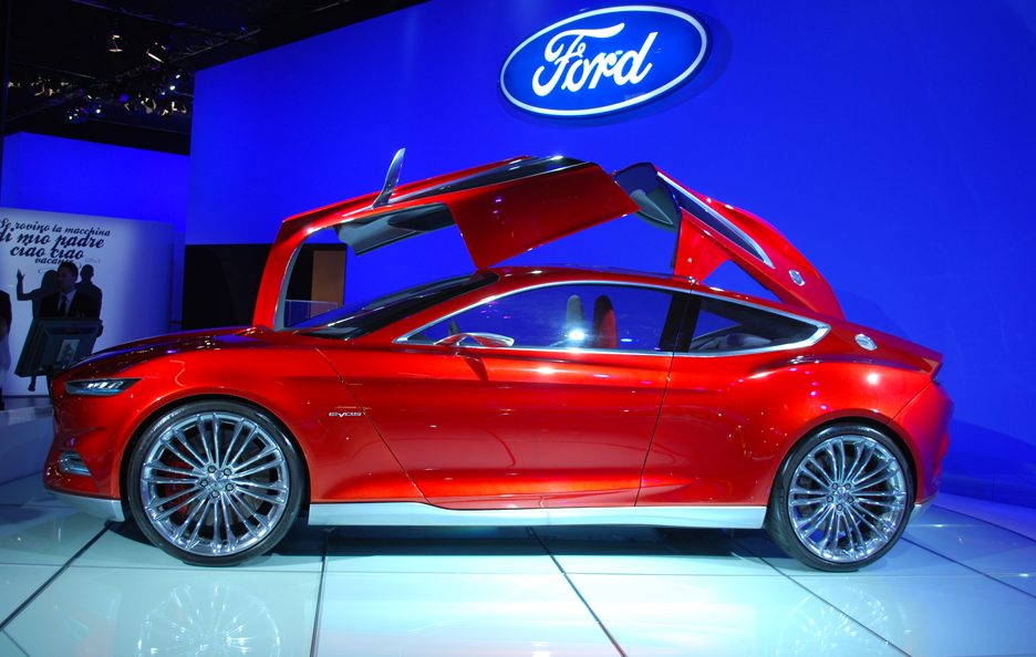 Ford Evos - Laterale basso
