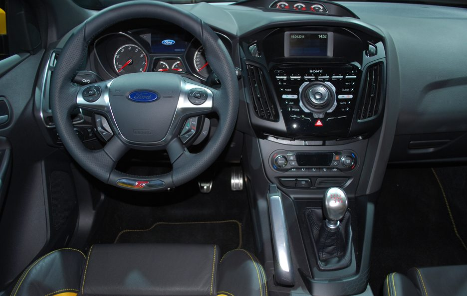 Ford Focus ST - Plancia