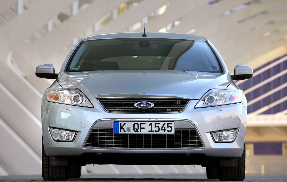 Ford Mondeo frontale