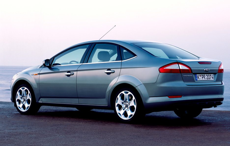 ford mondeo 2007 foto panoramauto. Black Bedroom Furniture Sets. Home Design Ideas