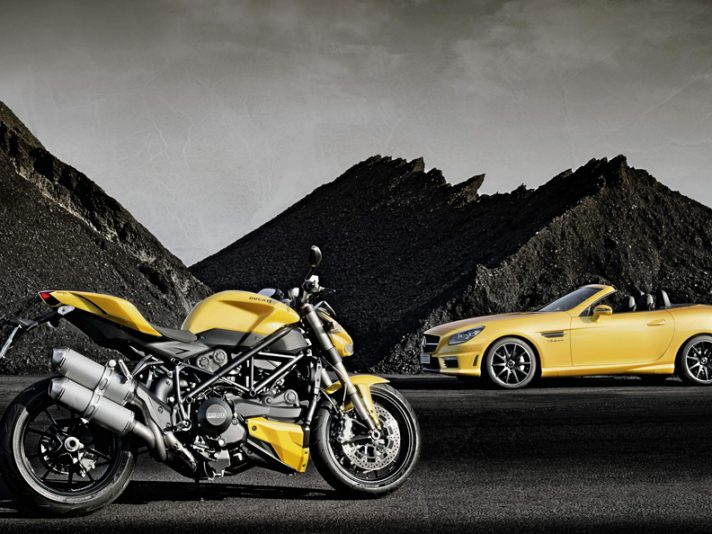 Mercedes AMG Streetfighter Yellow