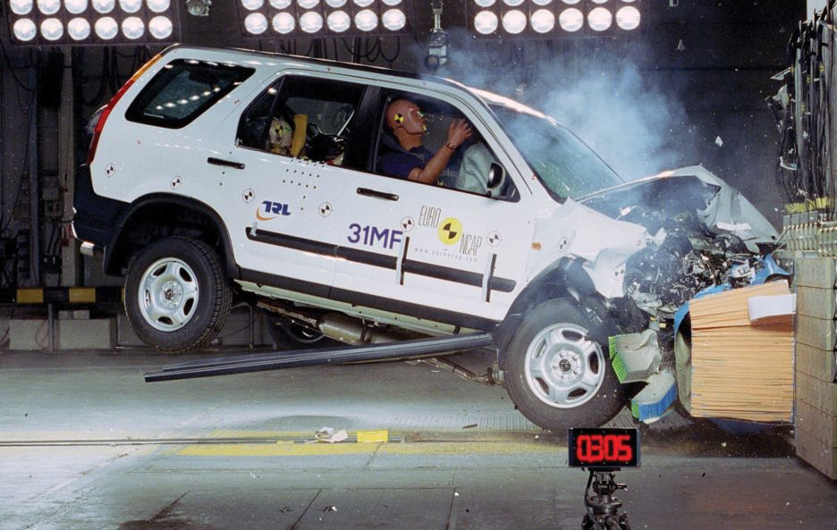 19 - Honda CR-V seconda generazione crash test