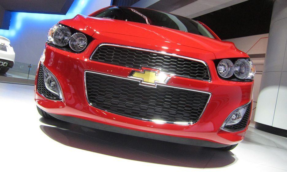 42 - Chevrolet Sonic RS mascherina 2