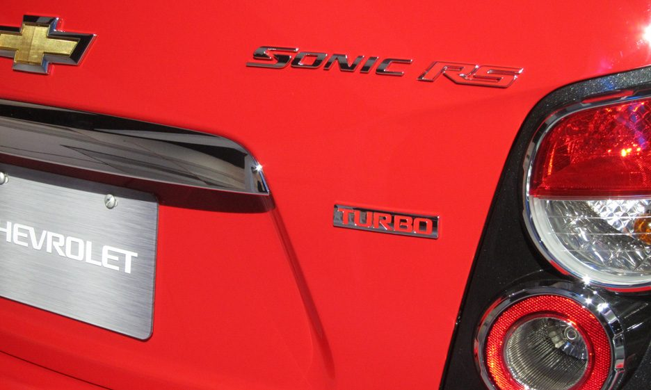 49 - Chevrolet Sonic RS logo Sonic RS