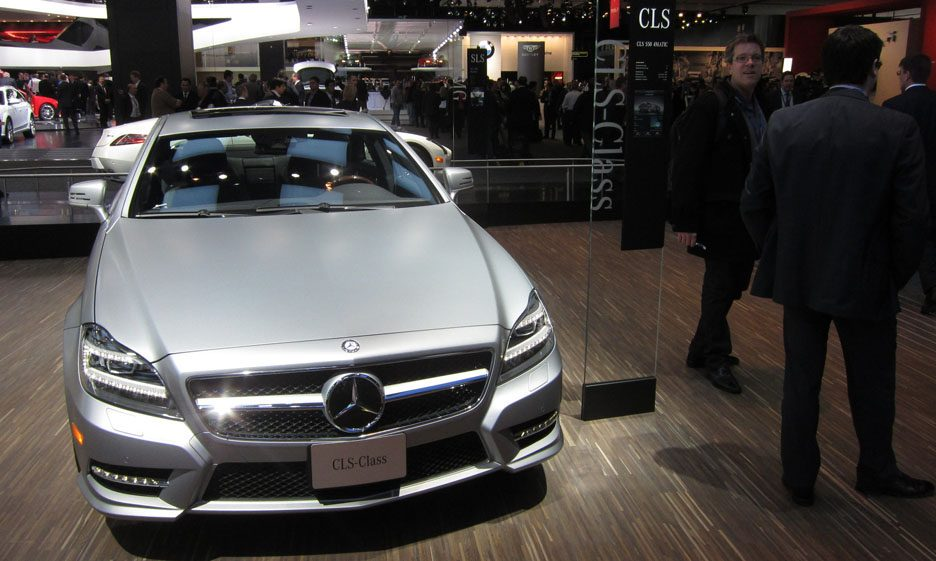mercedes cls detroit 2012 foto panoramauto. Black Bedroom Furniture Sets. Home Design Ideas