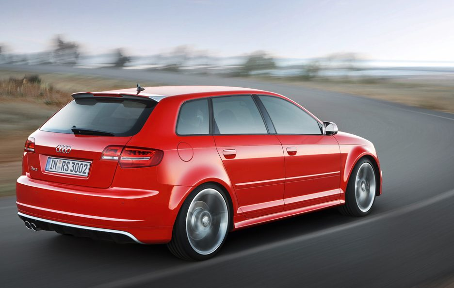 Audi RS3 Sportback - Retrotreno in motion