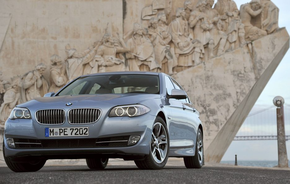 BMW ActiveHybrid 5 - Frontale basso