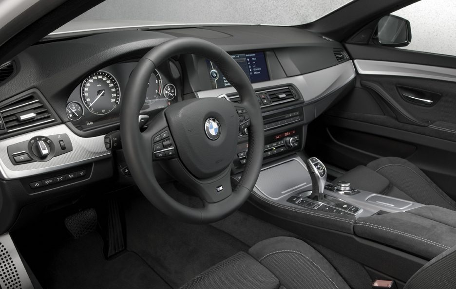 BMW M550d xDrive - Interni