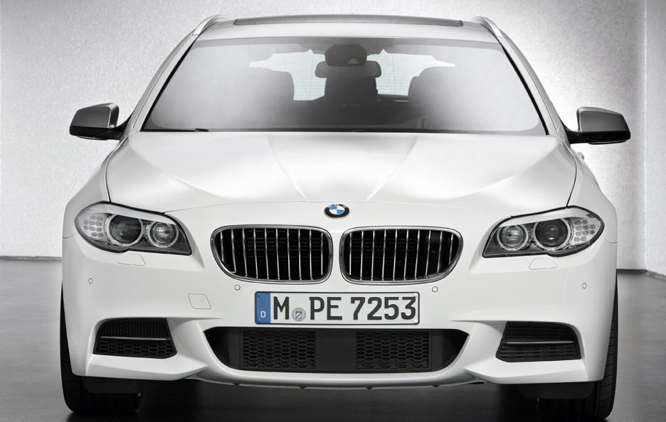 BMW M550d xDrive Touring - Frontale