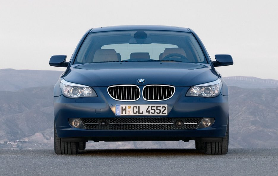 BMW serie 5 Touring frontale
