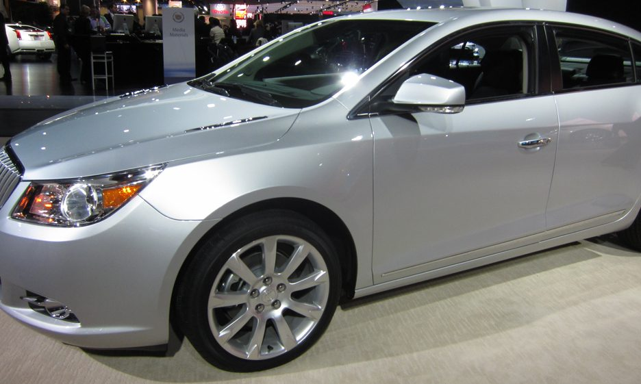 Buick Lacrosse - Laterale