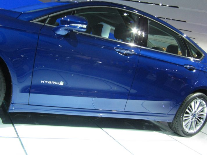Ford Fusion - La linea in blu