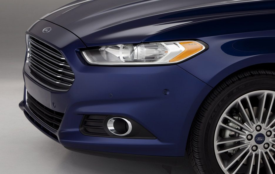 Ford Fusion - Laterale muso