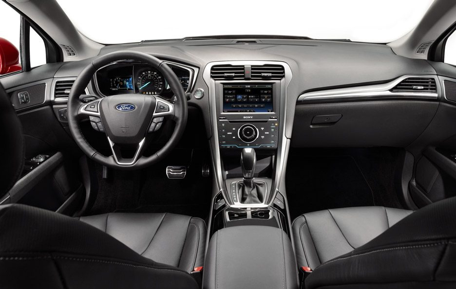 Ford Fusion - Plancia frontale