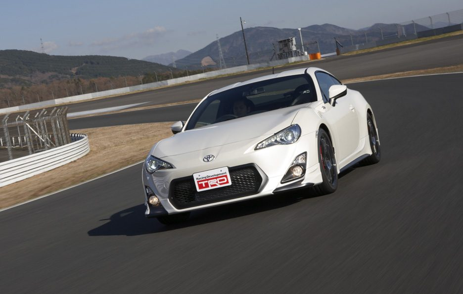 GT 86 TRD Performance Line - Anteriore