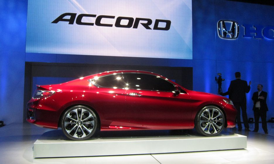 Honda Accord Concept - Laterale