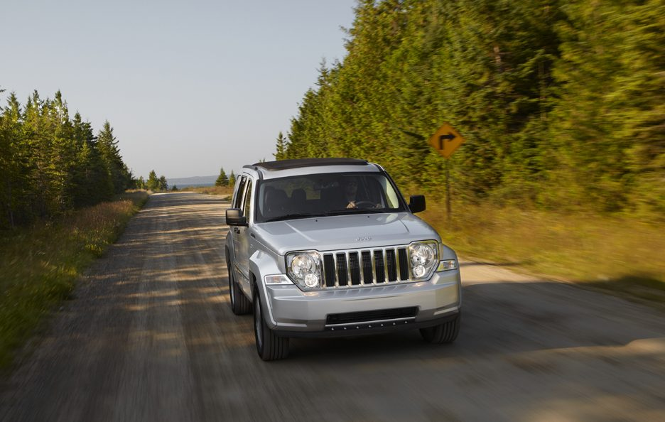 Jeep Cherokee - Frontale in motion
