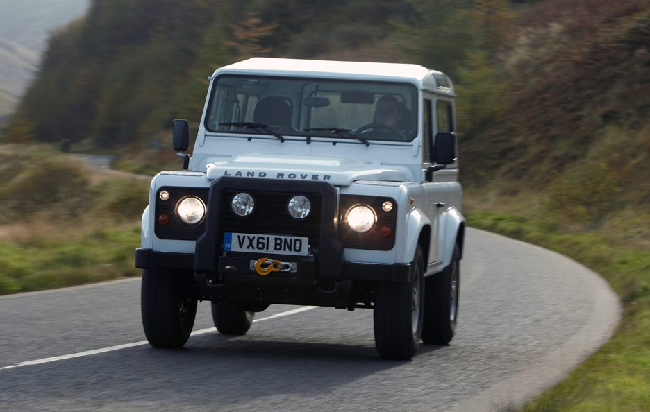 Land Rover Defender Frontale