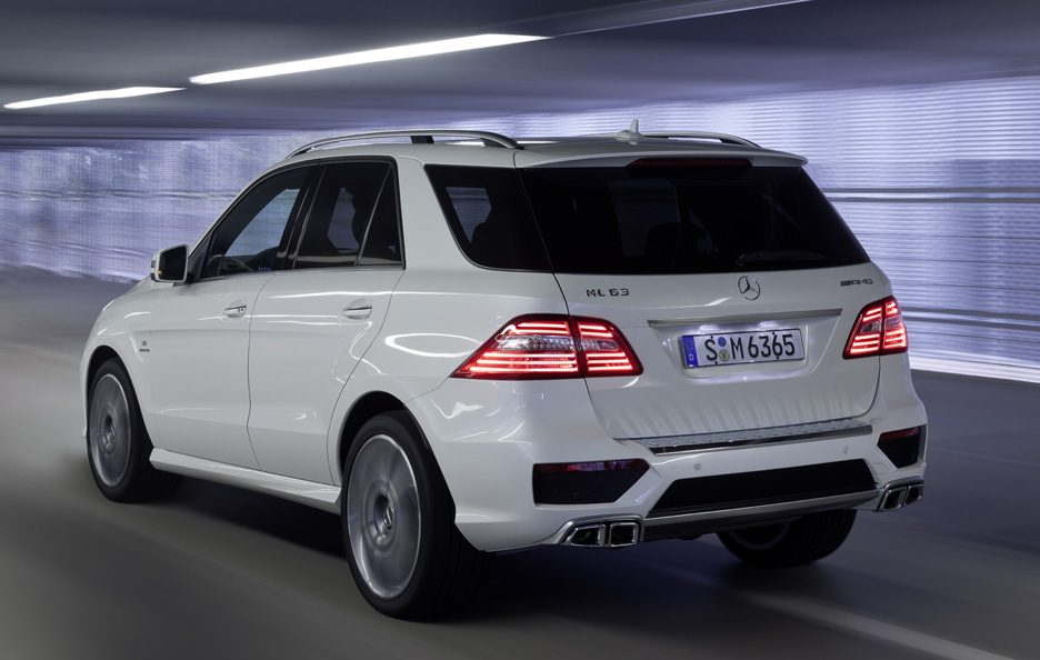 Mercedes ML 63 AMG - Linea