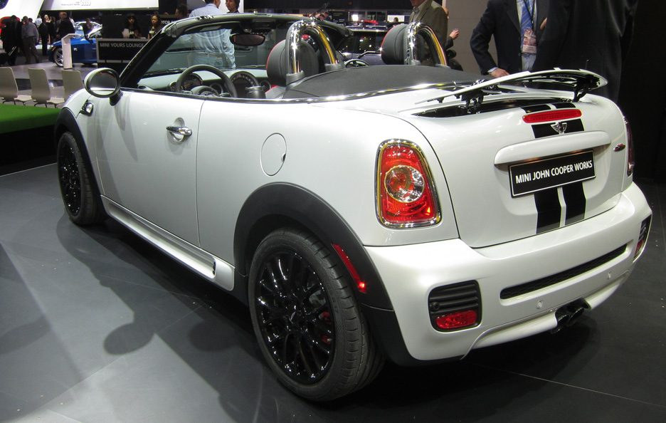 Mini Roadster John Cooper Works - Linea