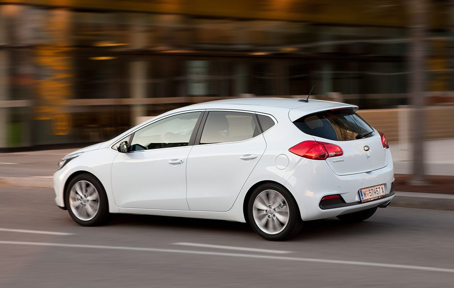 Nuova Kia Ceed 2012 - Laterale in motion