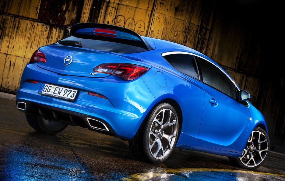Opel Astra OPC - Posteriore