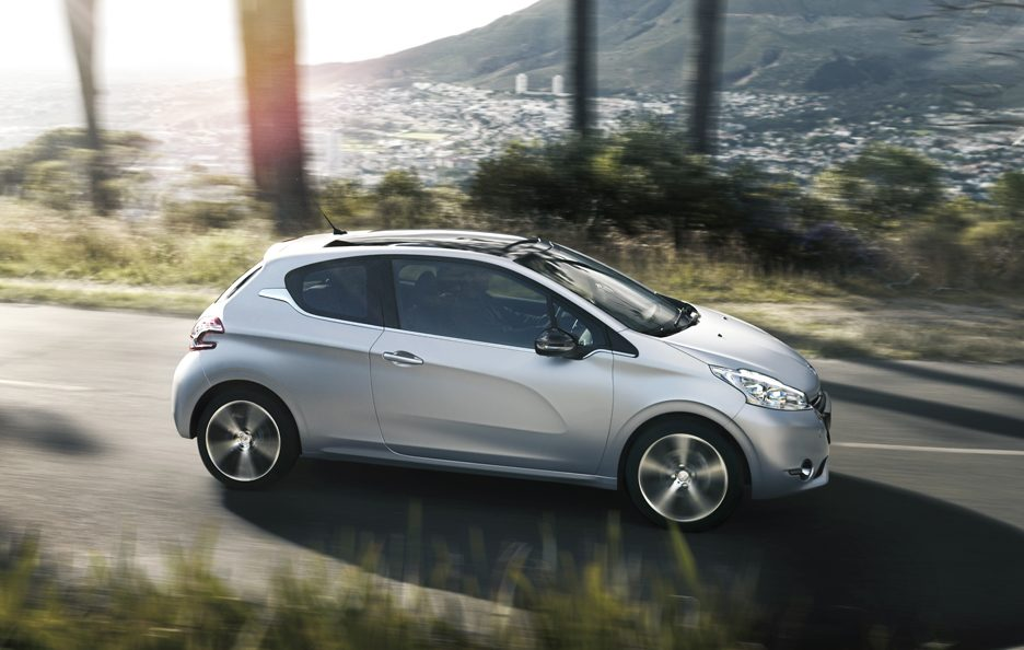 Peugeot 208 Limited Edition - Profilo