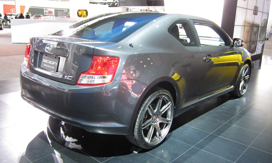 Scion tC - Linea