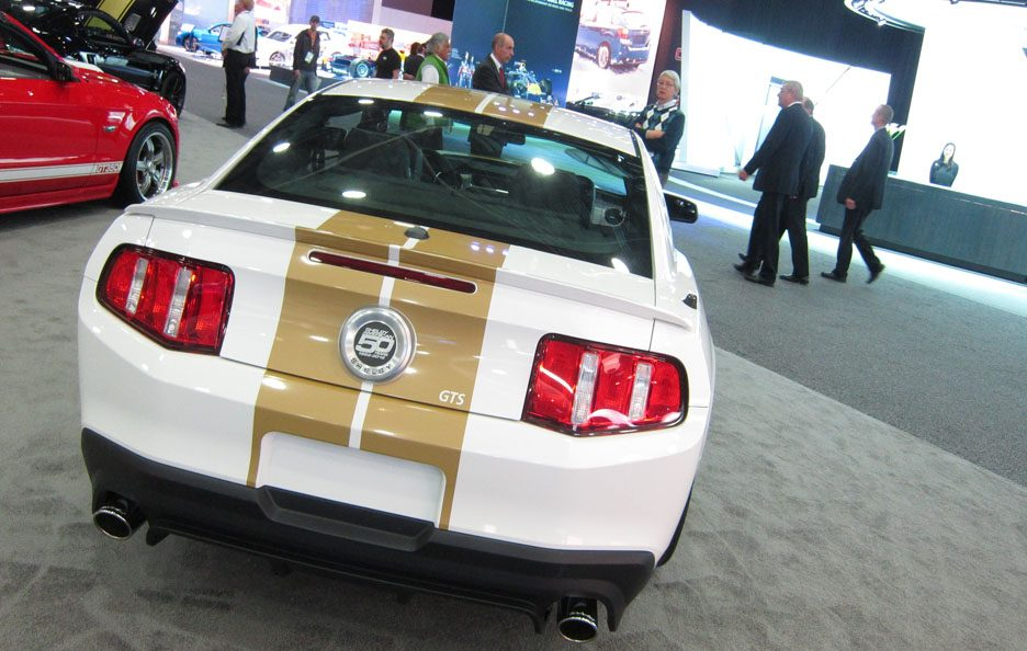 Shelby GTS - Il posteriore