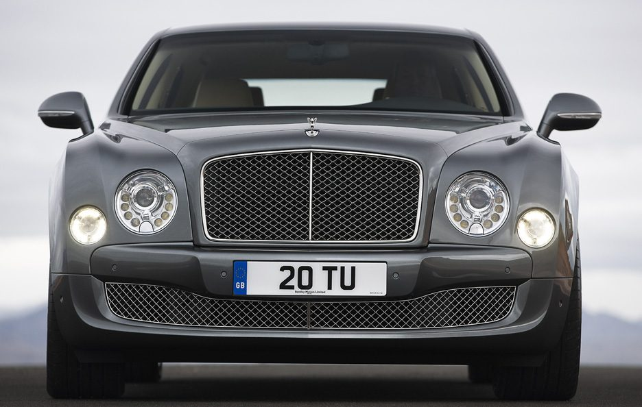 Bentley Mulsanne Mulliner Driving Specification - Il muso