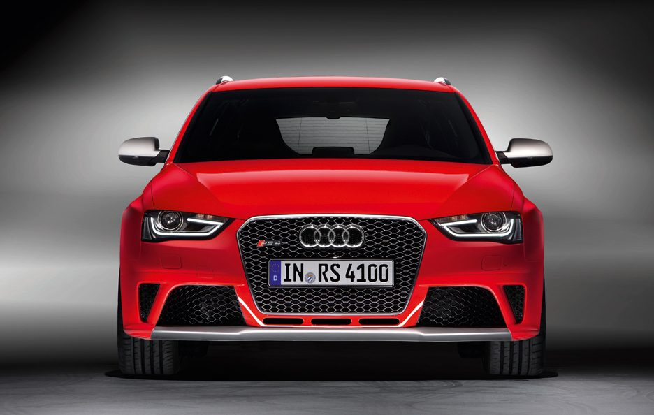 Audi RS4 - Frontale