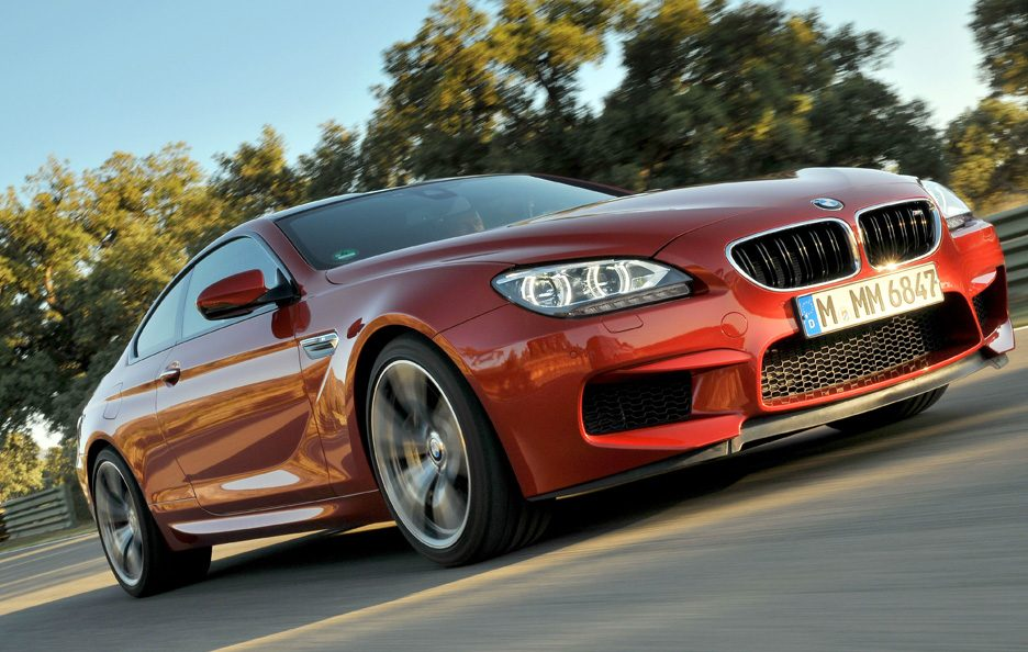 BMW M6 2012 - Profilo frontale basso in motion