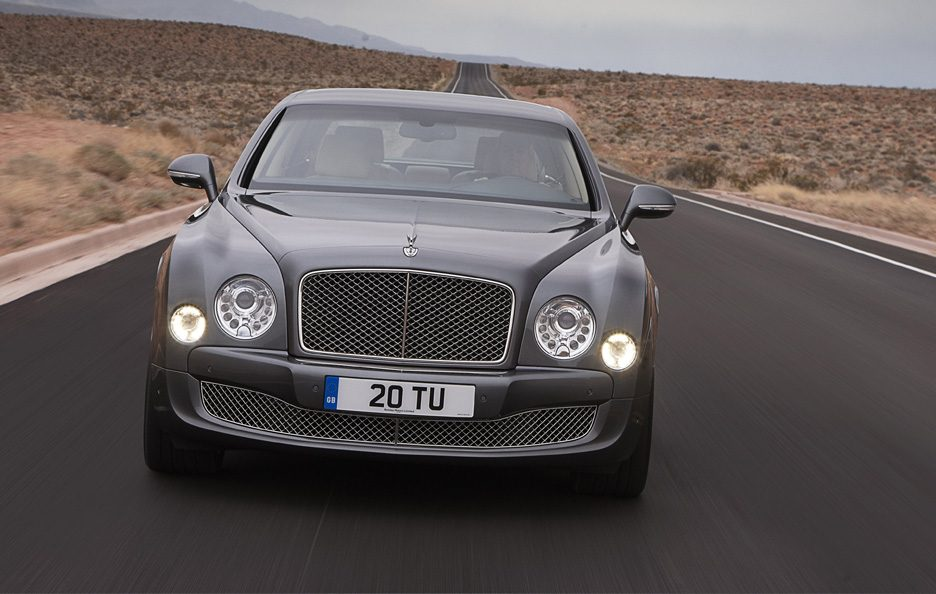 Bentley Mulsanne Mulliner Driving Specification - Frontale