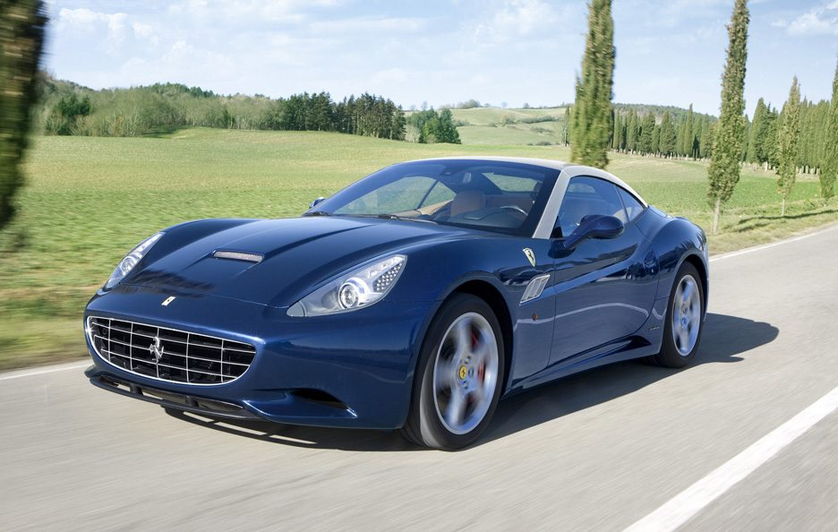 Ferrari California 2012 - In motion