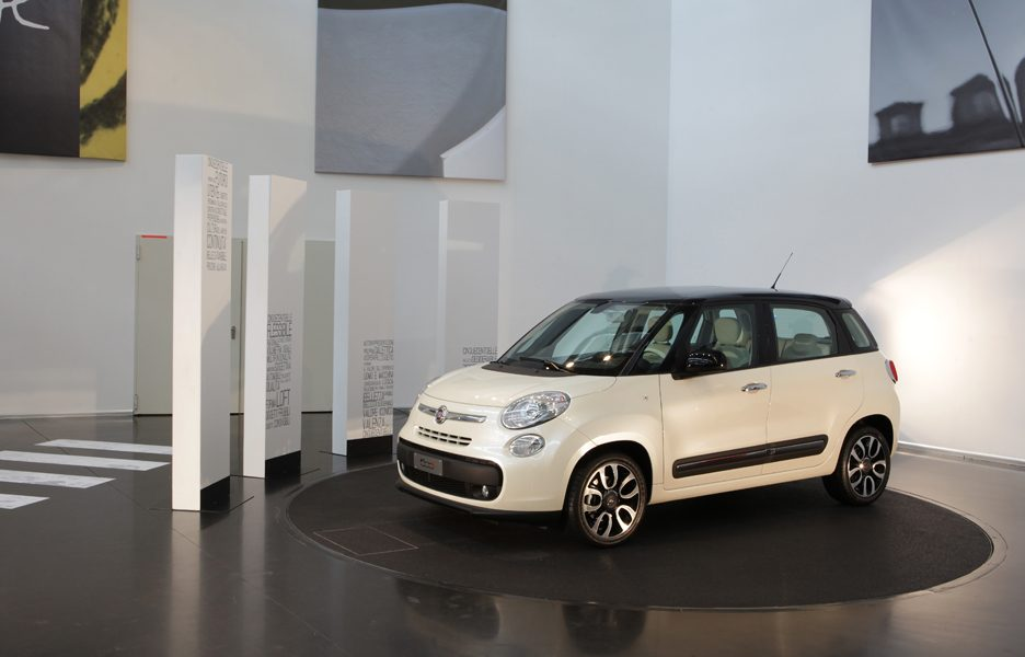 Fiat 500L - Design Experience - Nello showroom