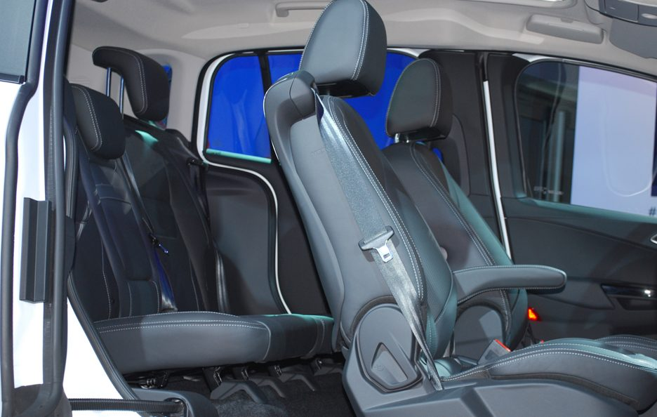 Ford B-Max - Interni