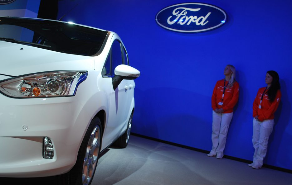 Ford B-Max - Stacco laterale