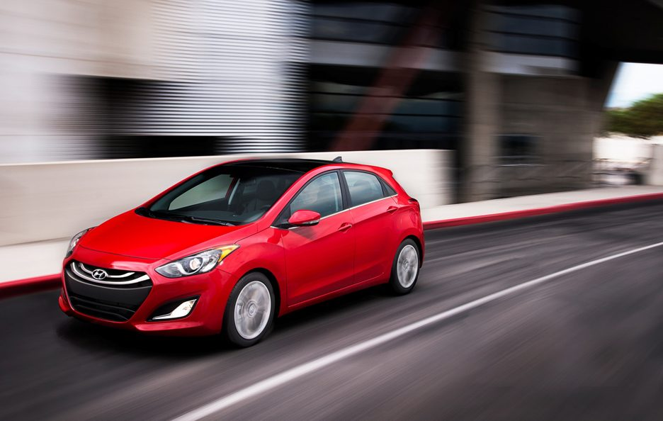 Hyundai Elantra Coupe - In motion