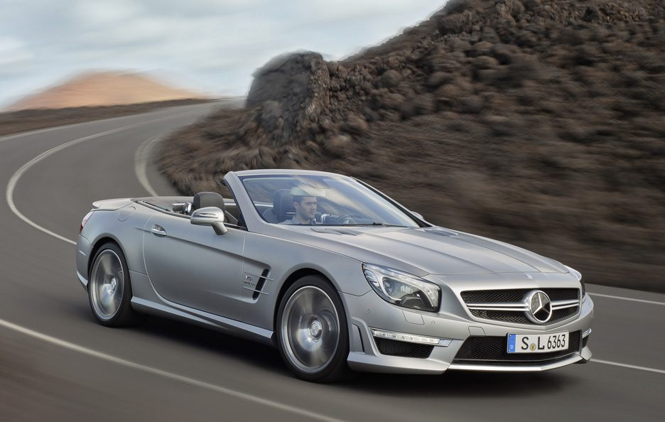 Mercedes SL 63 AMG - In curva