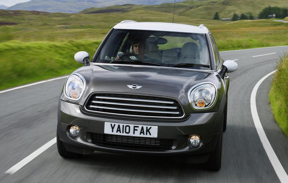 Mini Cooper Country Man - Frontale