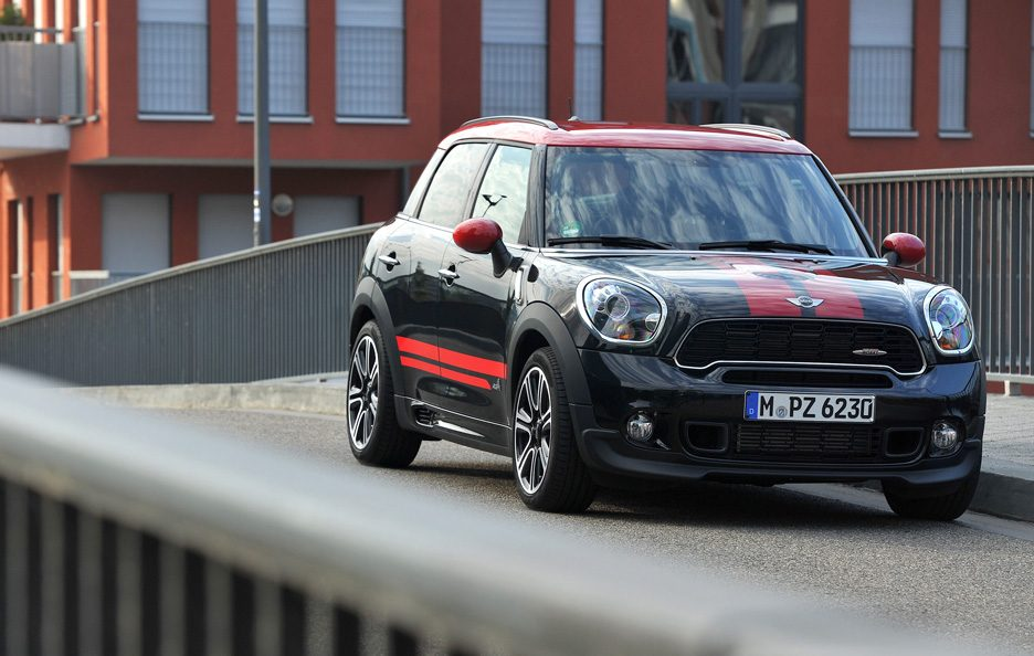 Mini Countryman John Cooper Works - Il frontale