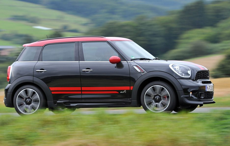 Mini Countryman John Cooper Works - Il profilo in motion