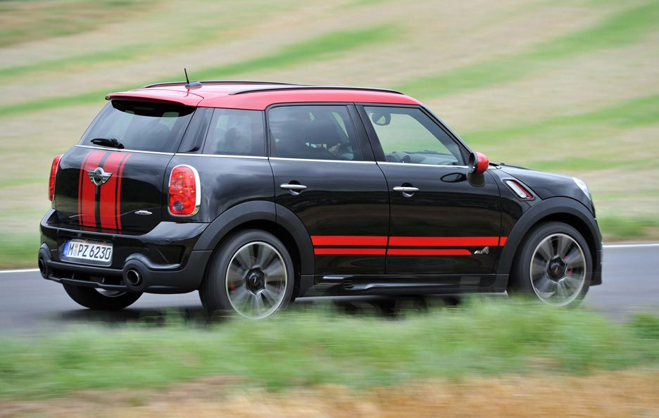 Mini Countryman John Cooper Works - Laterale in motion