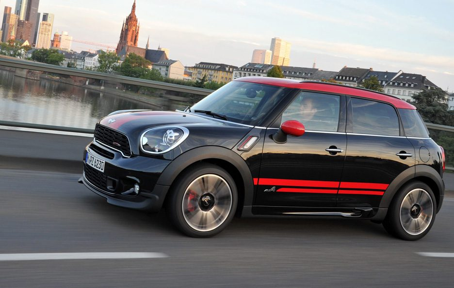 Mini Countryman John Cooper Works - Linee in motion