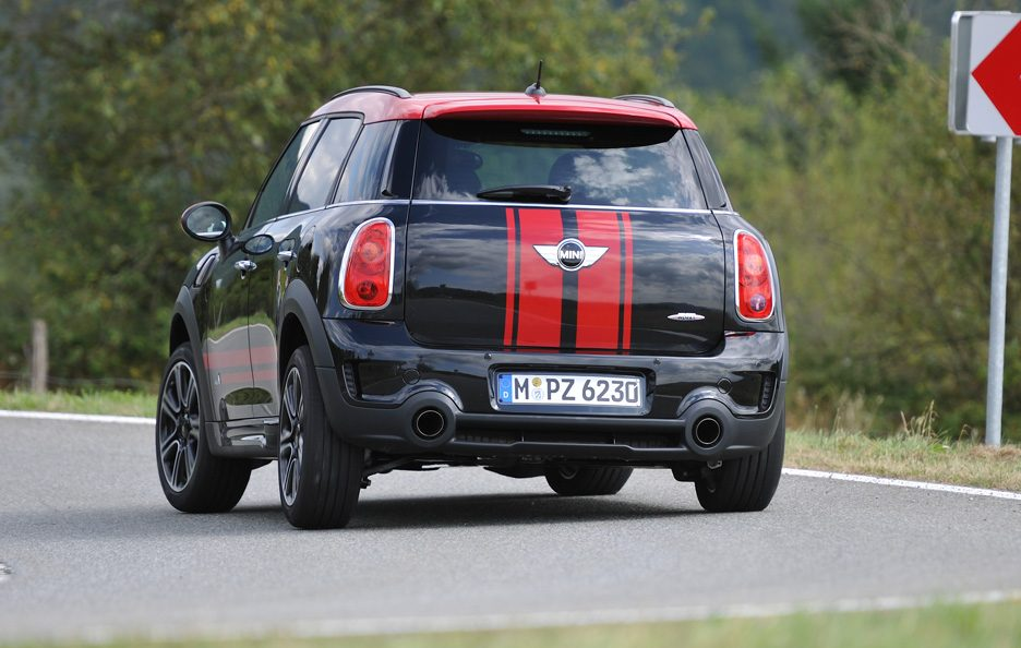 Mini Countryman John Cooper Works - Posteriore in motion
