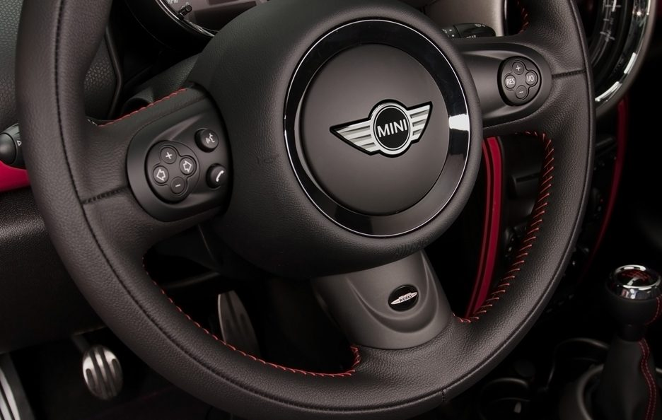 Mini Countryman John Cooper Works - Volante