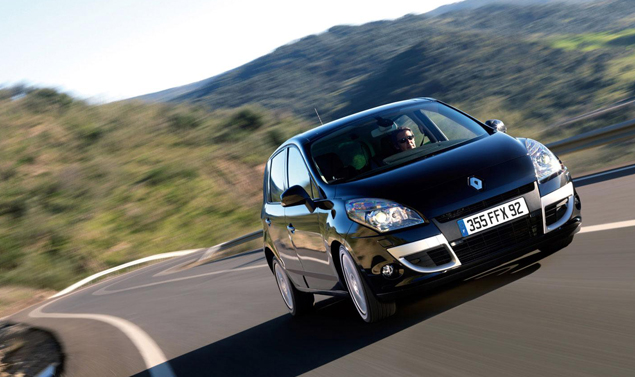 Renault Scenic - Il frontale