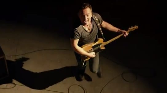 Musica da auto: We Take Care Of Our Own, di Bruce Springsteen