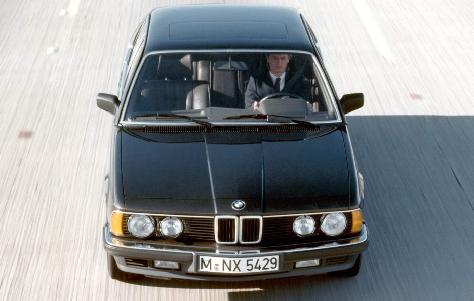 19 - BMW serie 7 E23 frontale