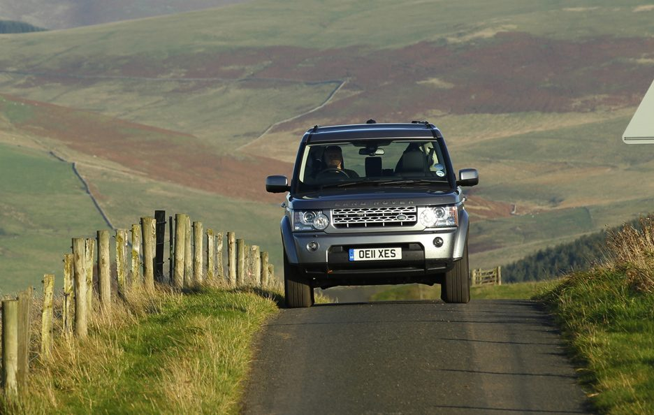 2 - Land Rover Discovery 4 frontale